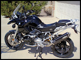 BMW R1200GS - black beayty with custom black paint